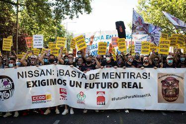 Humo blanco en Barcelona: Nissan no cerrará hasta un año más