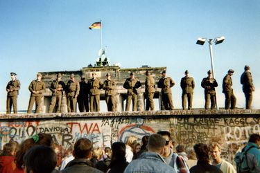 FILES-GERMANY-HISTORY-WALL-30YEARS
