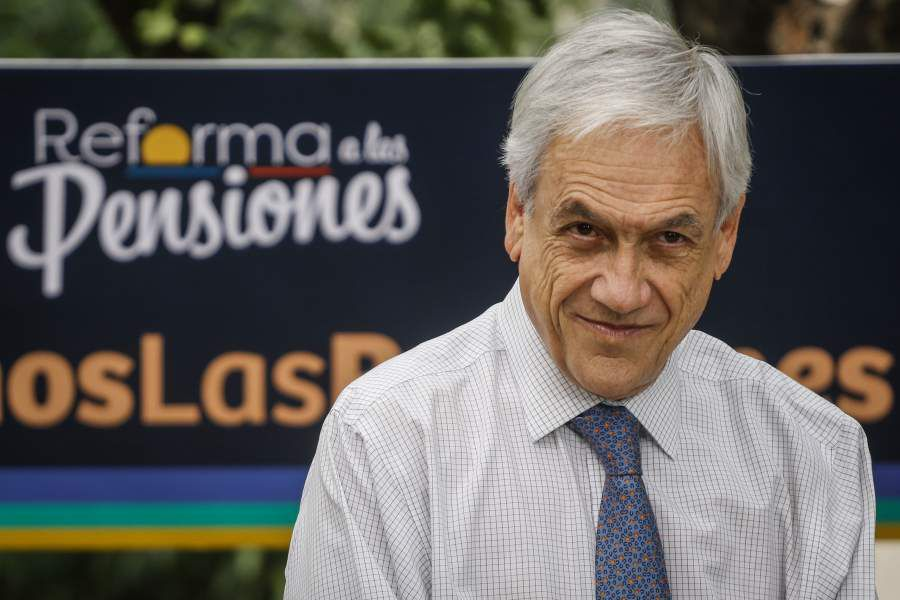 El presidente de la Republica explica el proyecto de la reforma de pensiones