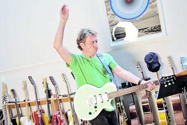 """Andy Summers: """"Estábamos felices de tocar en Viña, aunque eran días difíciles"""""""