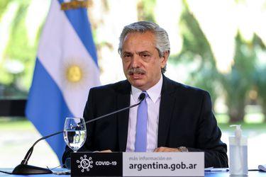 Fernández llama a la unidad de Argentina en medio de la pandemia y de protestas contra su gobierno