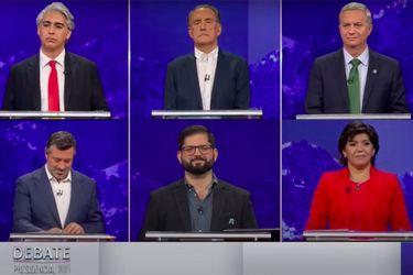 """El """"guante blanco"""" entre los candidatos de oposición y el enfrentamiento Provoste-Sichel: Los hitos que marcaron el debate presidencial"""