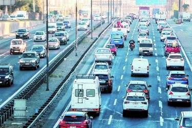 Crisis sanitaria golpea ingresos y utilidades de las autopistas urbanas