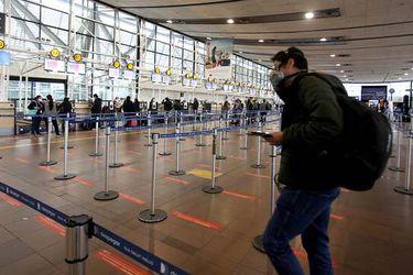 Lo que tienes que saber este martes en La Tercera: la crisis del tráfico aéreo y una ley para los independientes