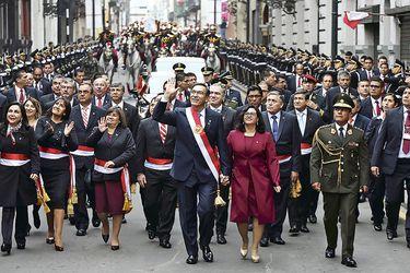 Perú: Vizcarra en la cuerda floja