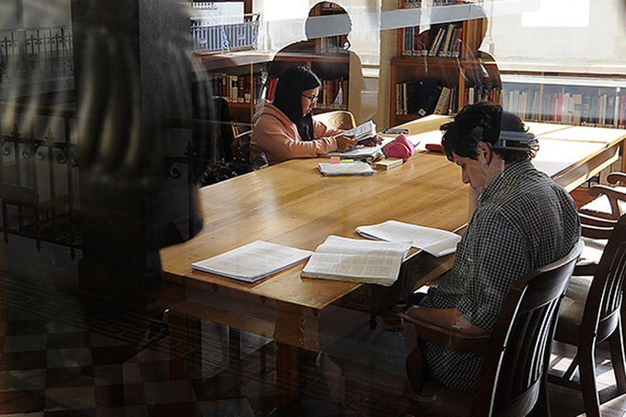 Universidad Catolica de Valparaiso