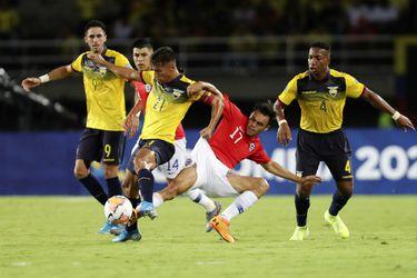 Chile vence cómodamente a Ecuador en el inicio del Preolímpico