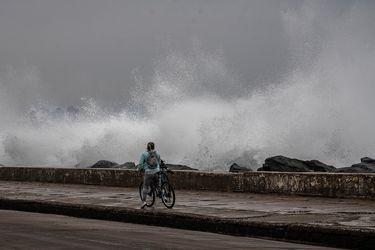 Se esperan marejadas anormales desde Los Ríos hasta Coquimbo este fin de semana