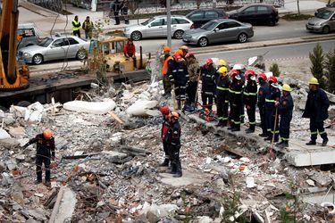 Eleven a 40 los muertos por el sismo en Albania
