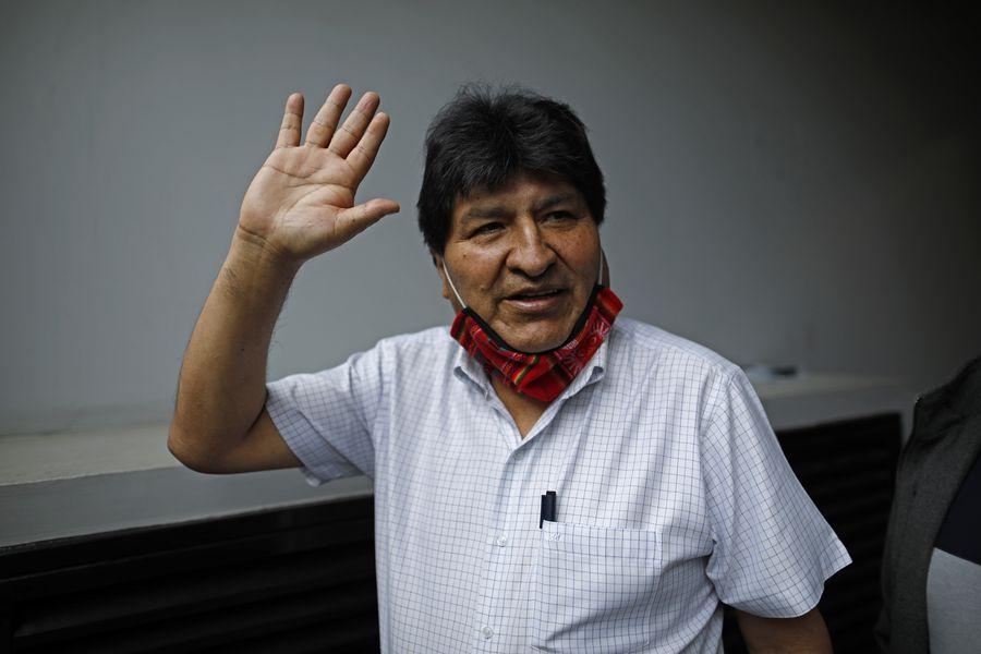 Evo Morales salió de Argentina con rumbo a Venezuela - La Tercera
