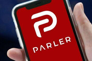 """Amazon afirmó que Parler tenía contenido que """"incitaba y planificaba la violación, tortura y el asesinato"""""""