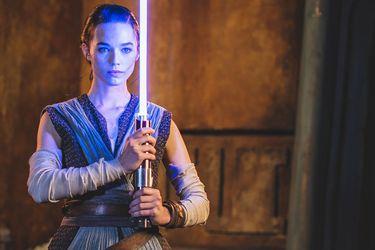 Disney reveló el primer vistazo su nuevo lightsaber retráctil