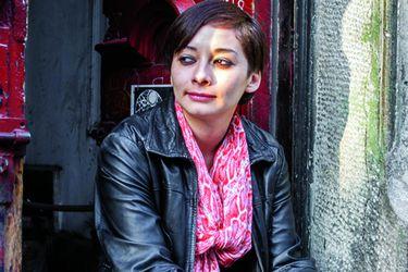 Gladys González: la poeta de las grandes avenidas