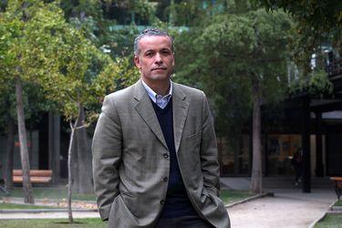 Óscar Landerretche