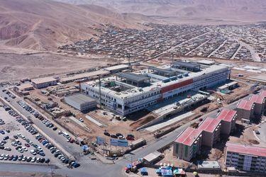 Hospital de Alto Hospicio, el proyecto hospitalario más grande que se construye en el norte del país, alcanza un 67% de avance