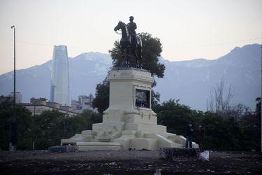 Consejo de Monumentos Nacionales resuelve remover la estatua del General Baquedano para restauración