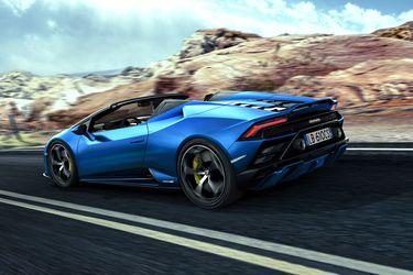 Lamborghini le da diversión al Huracan EVO Spyder