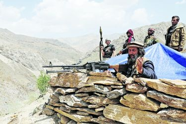 Afganistán: Avance de talibanes y Rusia complican planes de Biden