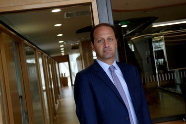 FNE apunta a bajar umbral de ventas para regular fusiones y adquisiciones debido a crisis