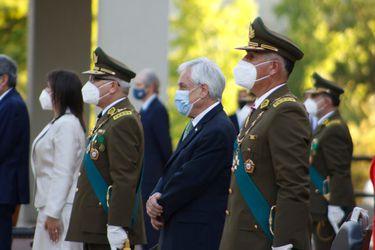 """Presidente Piñera: """"Carabineros es la primera línea en la defensa de nuestra democracia"""""""