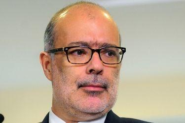 Exministro Rodrigo Valdés llama a trabajar desde ahora en un plan de reactivación y mira al sector de la vivienda