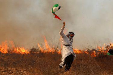 """Saeb Erekat, negociador jefe de la OLP: """"Podrían normalizar las relaciones con todos, pero Palestina seguirá siendo el núcleo del problema"""""""