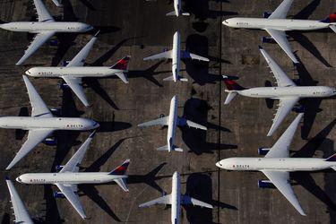 El auge de los viajes provoca que las tarifas aéreas baratas queden en el recuerdo