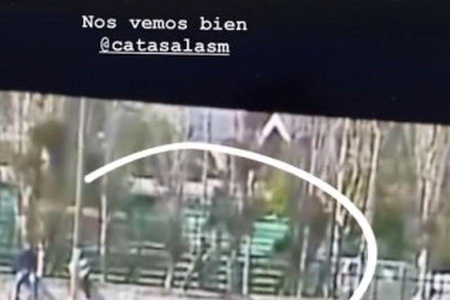 El posteo de Marcelo Salas, quien vio el partido entre Magallanes y Temuco trepado en un muro junto a su hija.