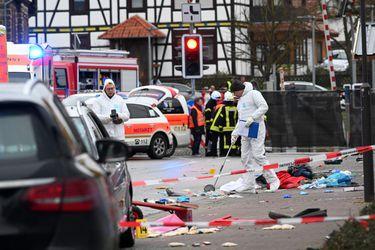 Al menos 30 heridos luego que de sujeto embistiera contra un grupo de personas durante carnaval en Alemania