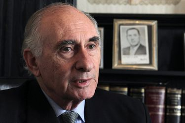 Decretan tres días de duelo en Argentina tras fallecimiento de expresidente Fernando de la Rúa