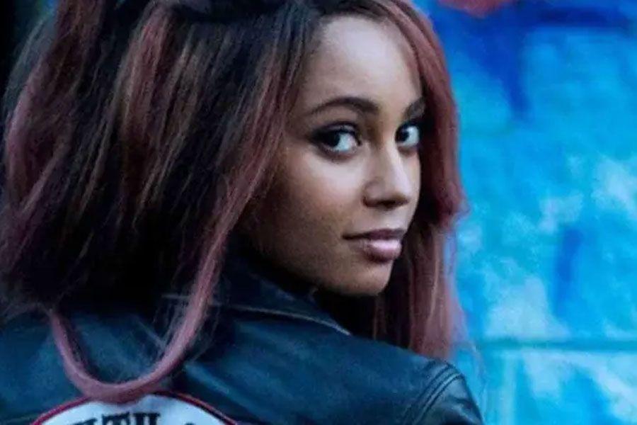 Batwoman-Vanessa Morgan-posdata digital press