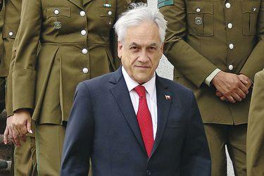 """Oposición cuestiona """"tono violento"""" de frase en que Piñera habla de """"cerrar puertas con machete"""" a migrantes que delinquen"""