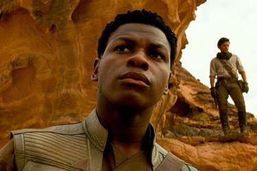 """John Boyega critica a Disney por Star Wars: """"No sacaron a relucir a un personaje negro"""""""