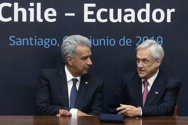 Chile firma Tratado de Libre Comercio con Ecuador