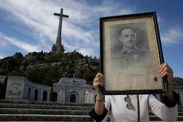Ley de Memoria Democrática: El proyecto del gobierno español para recuperar restos de desaparecidos durante la dictadura de Franco