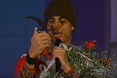 """Una experiencia religiosa: el """"Gaviotazo"""" de Enrique Iglesias"""