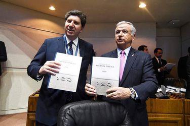 Incremento de deuda pública no se detiene: gobierno anticipa que rozará el 30% en 2023