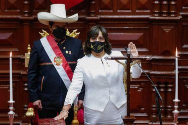 Nueva crisis en el gobierno de Castillo en Perú: incluyen a su vicepresidenta en investigación por presunto lavado de activos