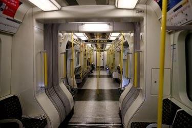 Londres se blinda y cierra 40 estaciones de metro