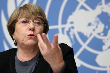 """Bachelet reitera que los estados de emergencia aplicados durante la pandemia no deben usarse para """"controlar a la población"""""""