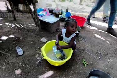 Sobrevivientes del terremoto de Haití temen por el futuro de sus hijos