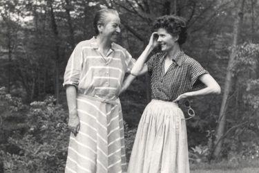 """Doris Atkinson, sobrina de la albacea de Gabriela Mistral: """"Doris Dana no era la persona indicada para administrar su obra"""""""