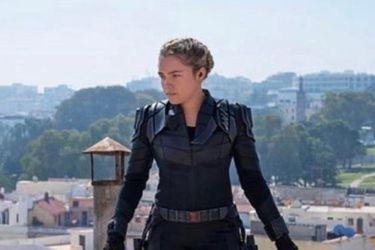 Yelena Belova muestra su traje negro en nuevas fotos deBlack Widow