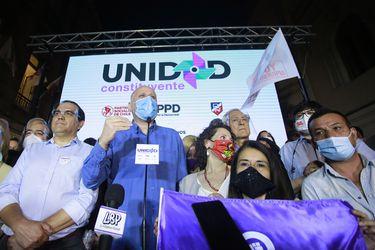 Columna de Carolina Tohá: Candidaturas y encuestas