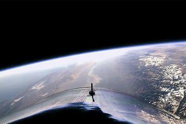 Virgin Galactic | la nave turística llega por primera vez al espacio