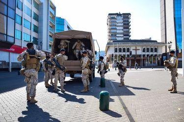 Militares en la Macrozona Sur: gobierno estudia ingreso de decreto a Contraloría para que FF.AA. apoyen a policías