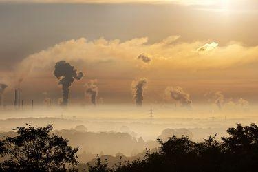 Si se cumplen todos los objetivos climáticos para 2030, el planeta se calentará 2,7 ℃ este siglo. Eso no está bien