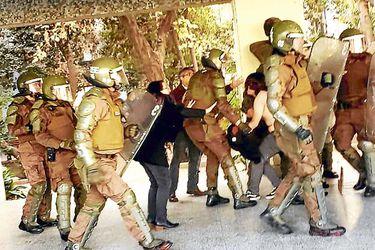 Golpiza de carabineros en Ñuñoa: Corte rechaza imputación de tortura y ordena libertad de cinco uniformados detenidos
