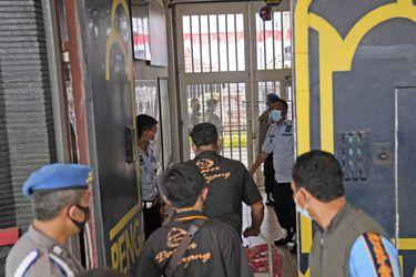 Incendio en prisión de Indonesia deja 41 fallecidos