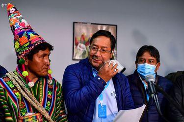"""EEUU felicita a delfín de Morales y dice que """"espera trabajar"""" con gobierno electo de Bolivia"""